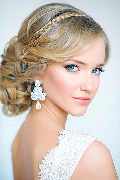 Fotos De Peinados Con Tiara Peinados De Moda
